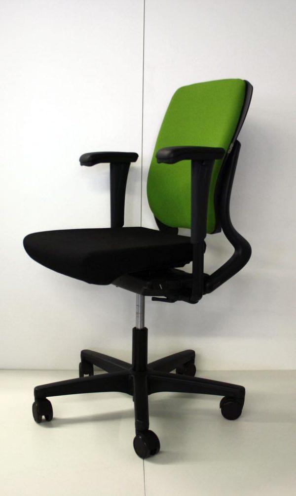 Ahrend 230 Bureaustoel Zwart.Bureaustoel Ahrend 230 Groen Zwart