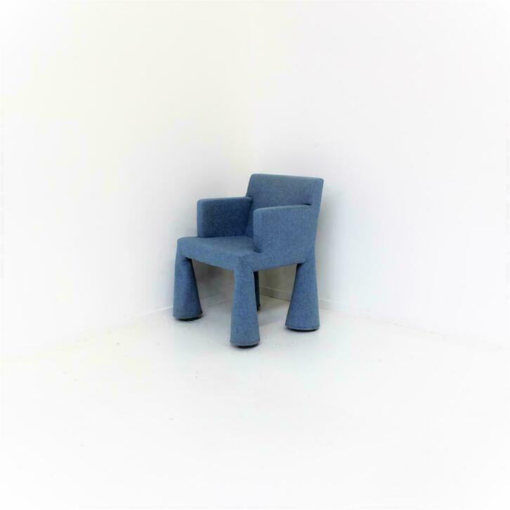Blauwe Design Stoelen.Moooi Vip Design Stoelen Design Fauteuils Verrijdbaar Blauw